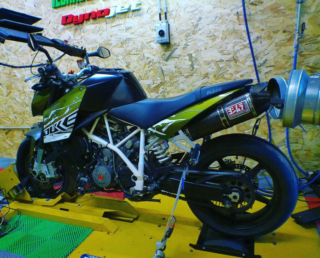 Reprogrammation moteur KTM DUKE 990 banc puissance
